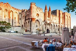 10 Top Tourist Attractions in Avignon Easy Day Trips PlanetWare