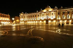 11 Top Tourist Attractions in Toulouse & Easy Day Trips