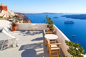 Where to Stay in Santorini: Best Areas & Hotels