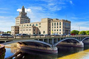6 Top-Rated Tourist Attractions in Cedar Rapids
