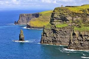 From Dublin to the Cliffs of Moher: 4 Best Ways to Get There