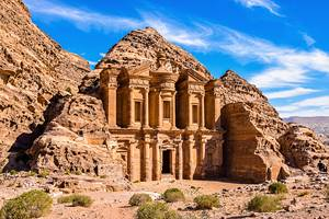 Visiting Petra: Attractions, Tips & Tours