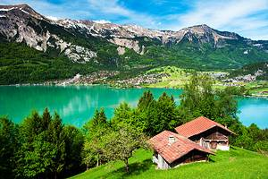 8 Top Tourist Attractions in Interlaken & Easy Day Trips