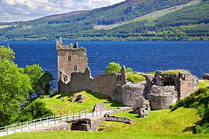 Visiting Loch Ness: 8 Top Attractions & Fun Tours