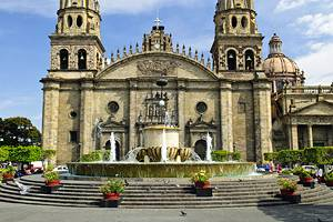 10 Top Tourist Attractions in Guadalajara & Easy Day Trips