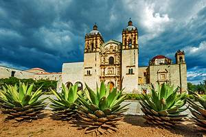 12 Top Tourist Attractions in Oaxaca & Easy Day Trips