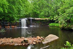 12 Top-Rated Hiking Trails in Minnesota