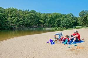 14 Top-Rated Beaches in Missouri