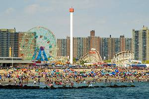 Top 10 tourist destinations in new york city for Top ten attractions new york