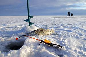 9 Best Ice Fishing Lakes in Ohio
