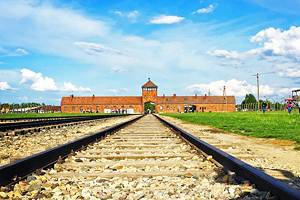 From Krakow to Auschwitz: 4 Best Ways to Get There