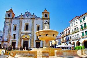 12 Top Tourist Attractions in Évora & Easy Day Trips