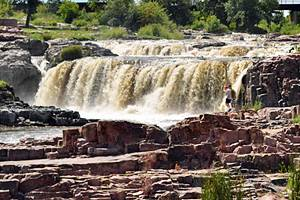 9 Top-Rated Attractions & Things to Do in Sioux Falls, SD