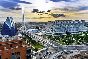 14 Top Tourist Attractions in Valencia & Easy Day Trips