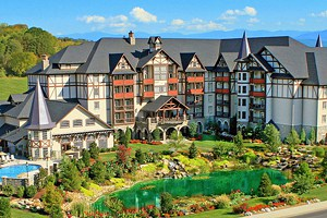 8 Top-Rated Resorts in Pigeon Forge, TN