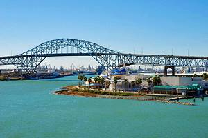 12 Top Tourist Attractions in Corpus Christi & Easy Day Trips