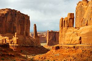 10 Best Hikes, Walks & Sights in Arches National Park