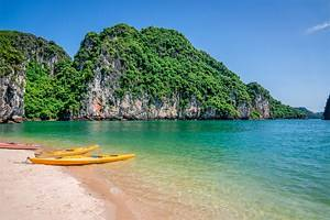 11 Top-Rated Things to Do in Halong Bay