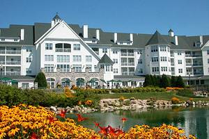 14 Top-Rated Luxury Resorts in Wisconsin