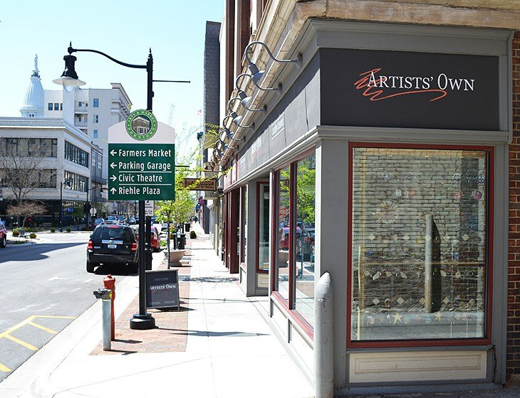 Artists' Own gallery, downtown Lafayette