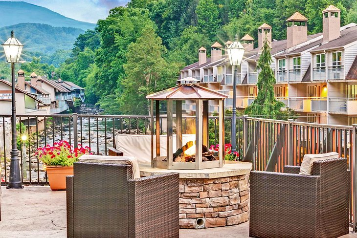 Baymont by Wyndham Gatlinburg On The River