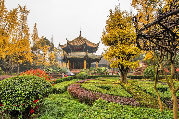 Top 4 Must-See Attractions in Chengdu