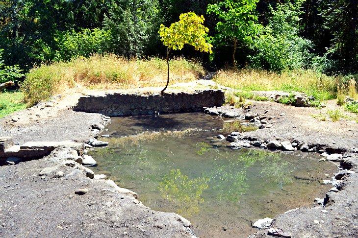 Large soaking pool at McCredie Hot Springs