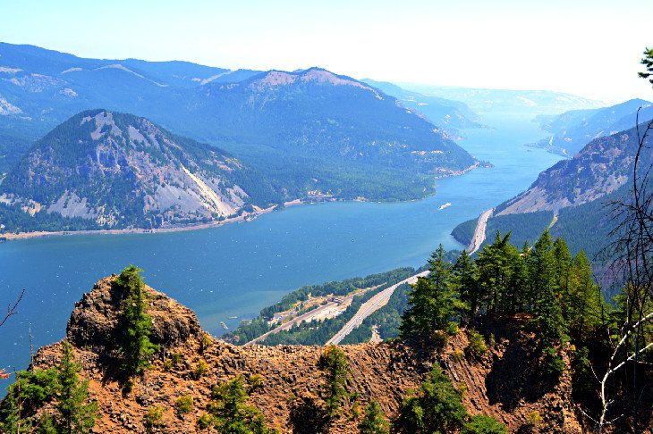 The Columbia River Gorge from Angel's Rest