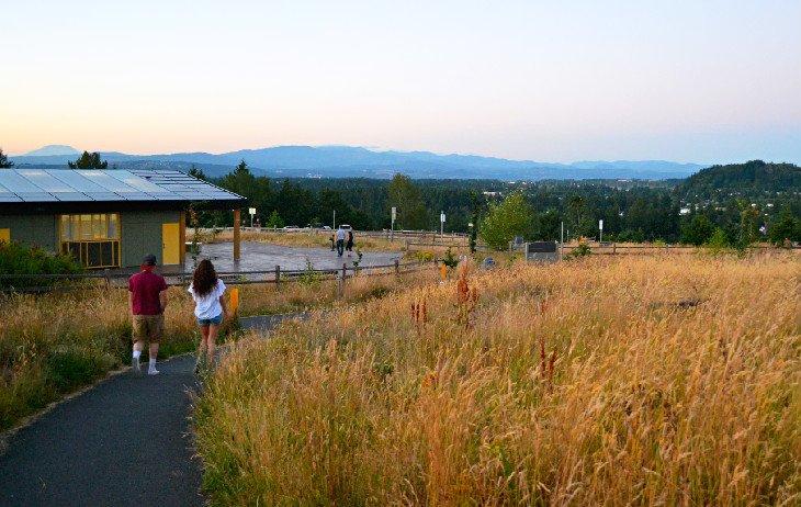 Excursionistas que descienden del sendero Mountain View