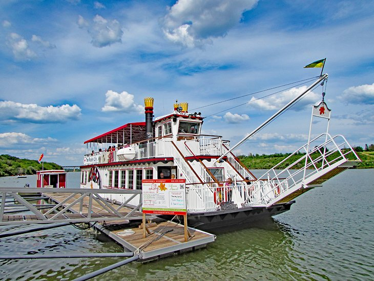 Prairie Lily Riverboat