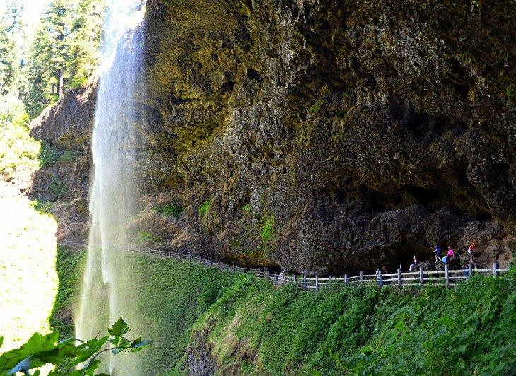 South Falls en el parque estatal Silver Falls