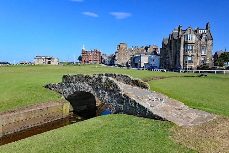 The famous Swilcan Bridge on the 18th hole at the Old Course of St. Andrews