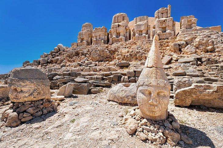Exploring Mount Nemrut: A Visitor's Guide | PlanetWare