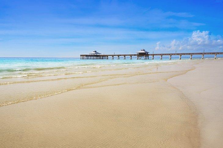 Muelle y playa de Fort Myers
