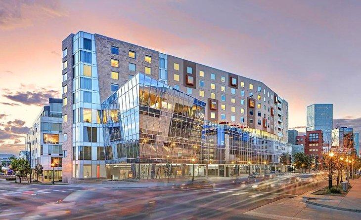 Hotels In Denver >> 15 Top Rated Hotels In Denver Co Planetware