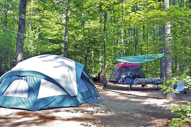 Campistas en Bear Brook State Park