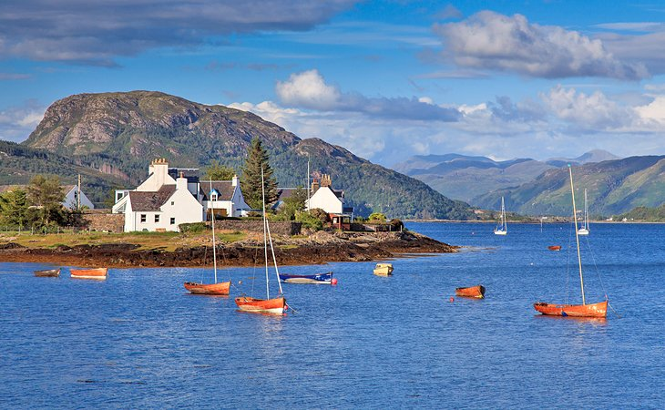 12 Top-Rated Small Towns in Scotland | PlanetWare
