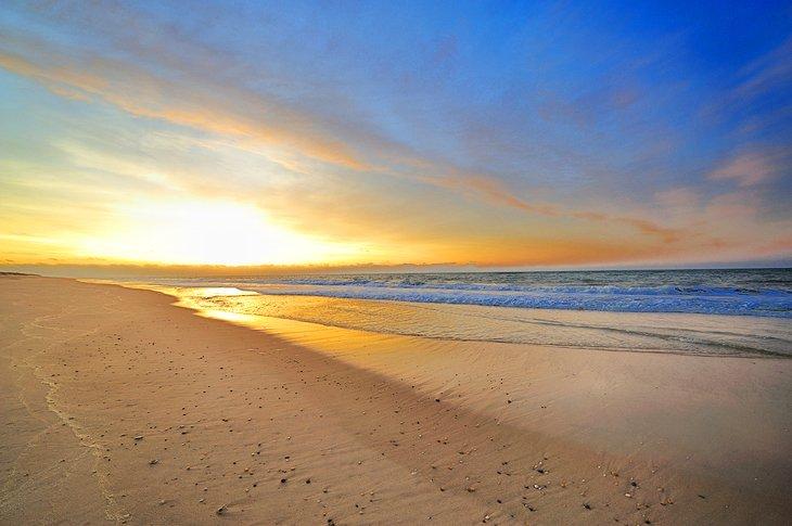 Atardecer en la playa principal de East Hampton