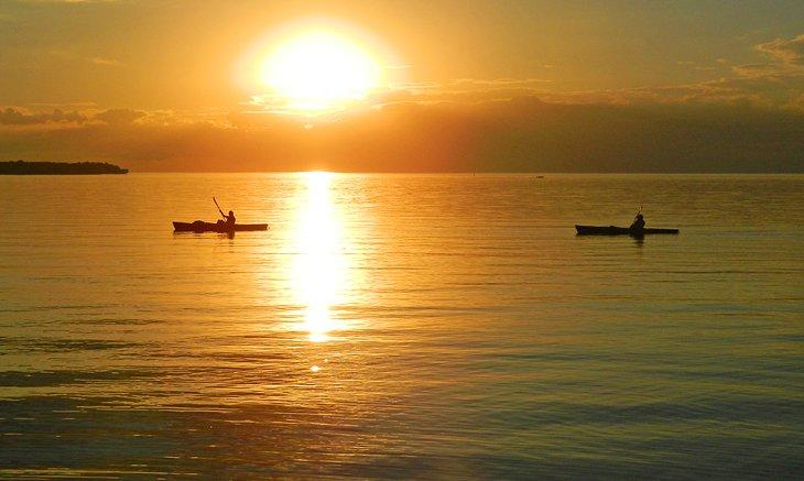 Kayak en Sturgeon Bay al atardecer