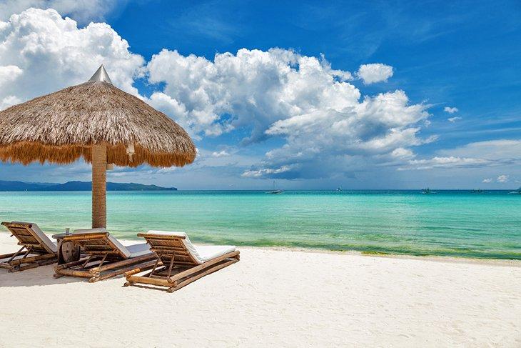 Белый пляж на Боракай