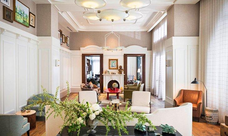 Fuente de la foto: Perry Lane Hotel, A Luxury Collection Hotel