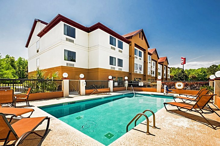 Fuente de la foto: Red Roof Inn & amp;  Suites Savannah Gateway