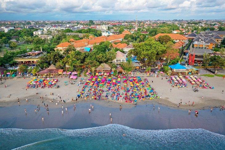 Vista aérea de la playa de Seminyak