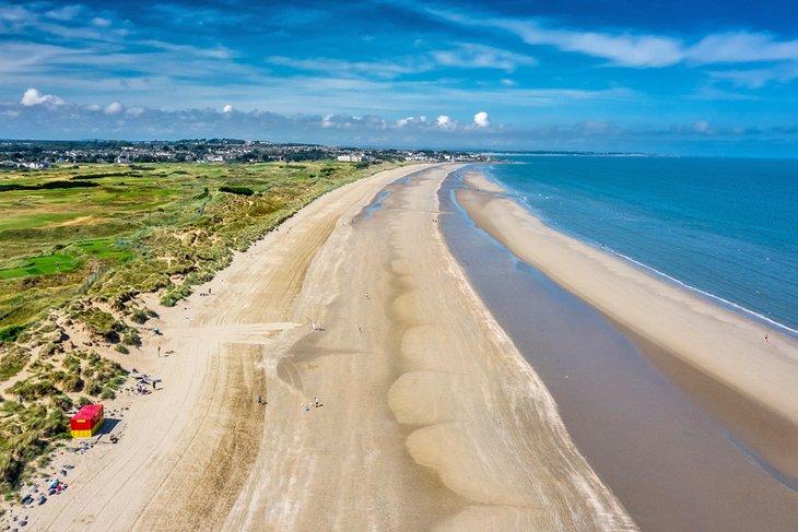 Vista aérea de la playa de Portmarnock