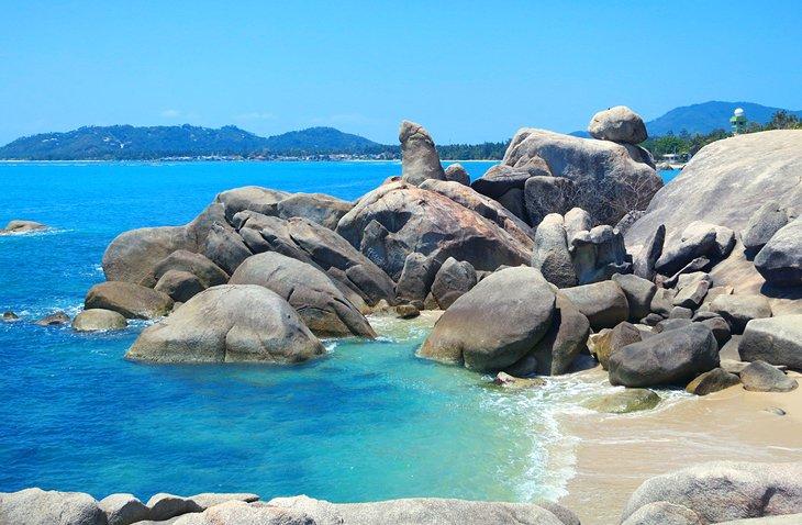 Валуны на Ламайском пляже