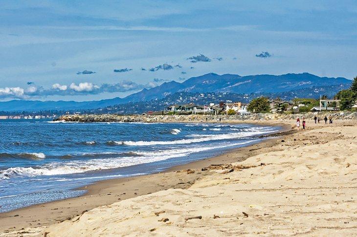 Playa de la ciudad de Carpinteria
