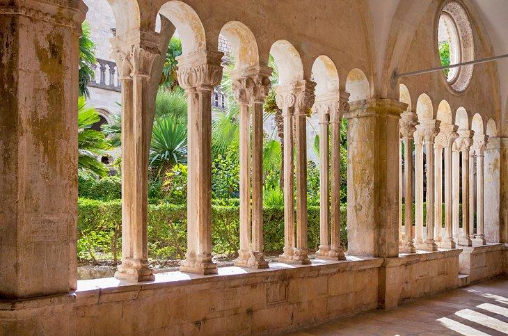 Claustro de la Iglesia y Monasterio Franciscano