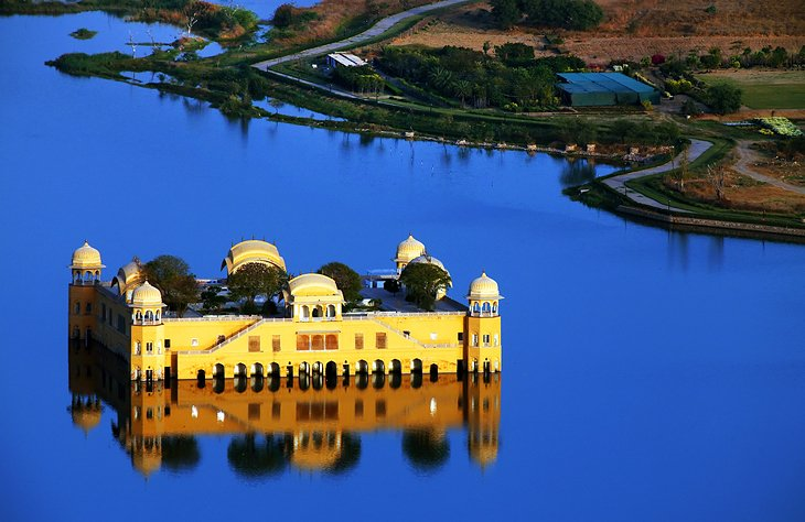 Jal Mahal on Man Sagar Lake