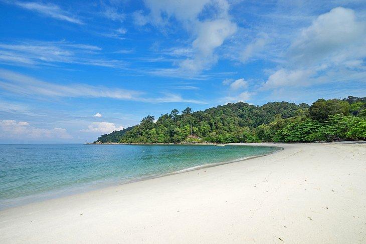 Playa de Teluk Nipah en la isla de Pangkor
