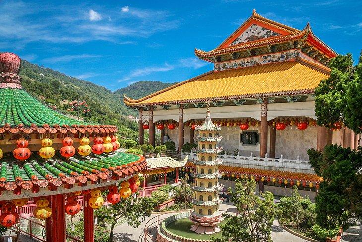 معبد کک لوک سی شهر جورج مالزی